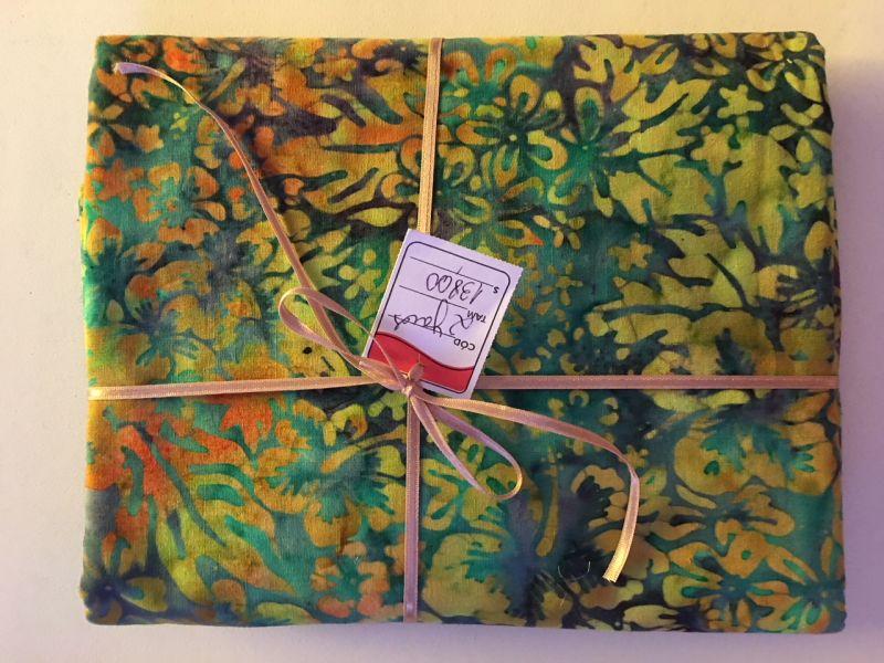 Batik floral  importado 2 yards