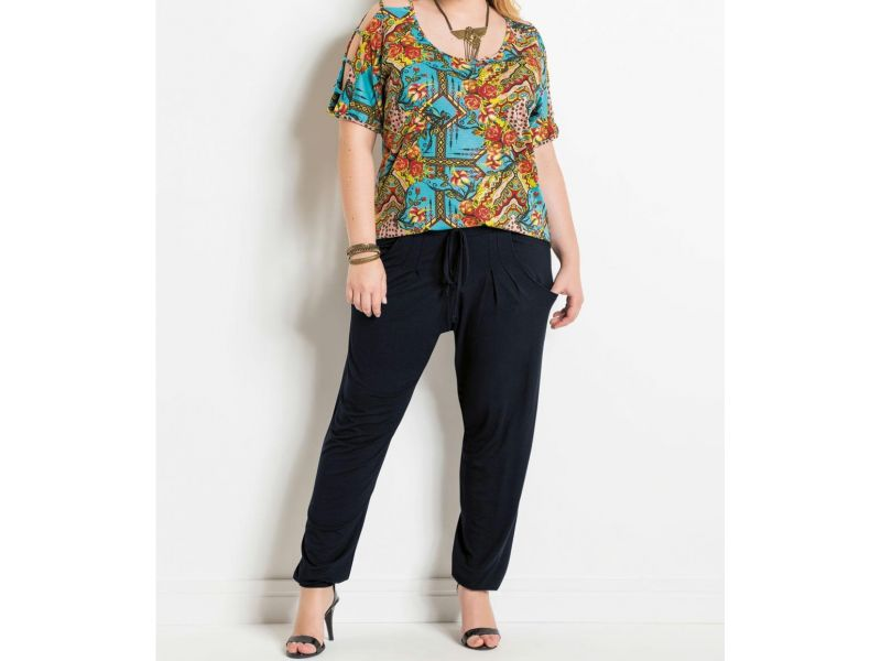 Blusa Ombros Vazados Mix De Estampas Plus Size Quintess