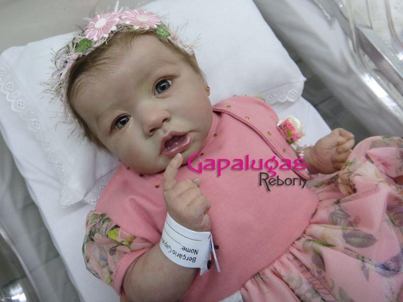 Bebê Reborn Emily - Kit Saskia