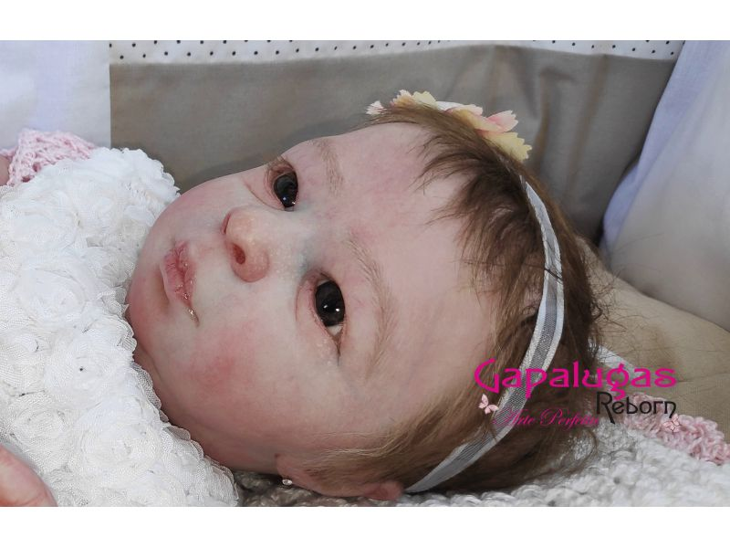 Bebê Realborn kit Aria Awake